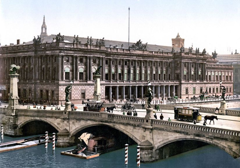 """The Berlin Stock Exchange in Imperial Germany"""